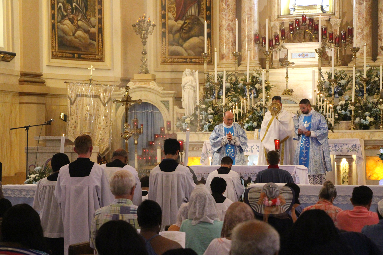 exposition of the blessed sacrament guide
