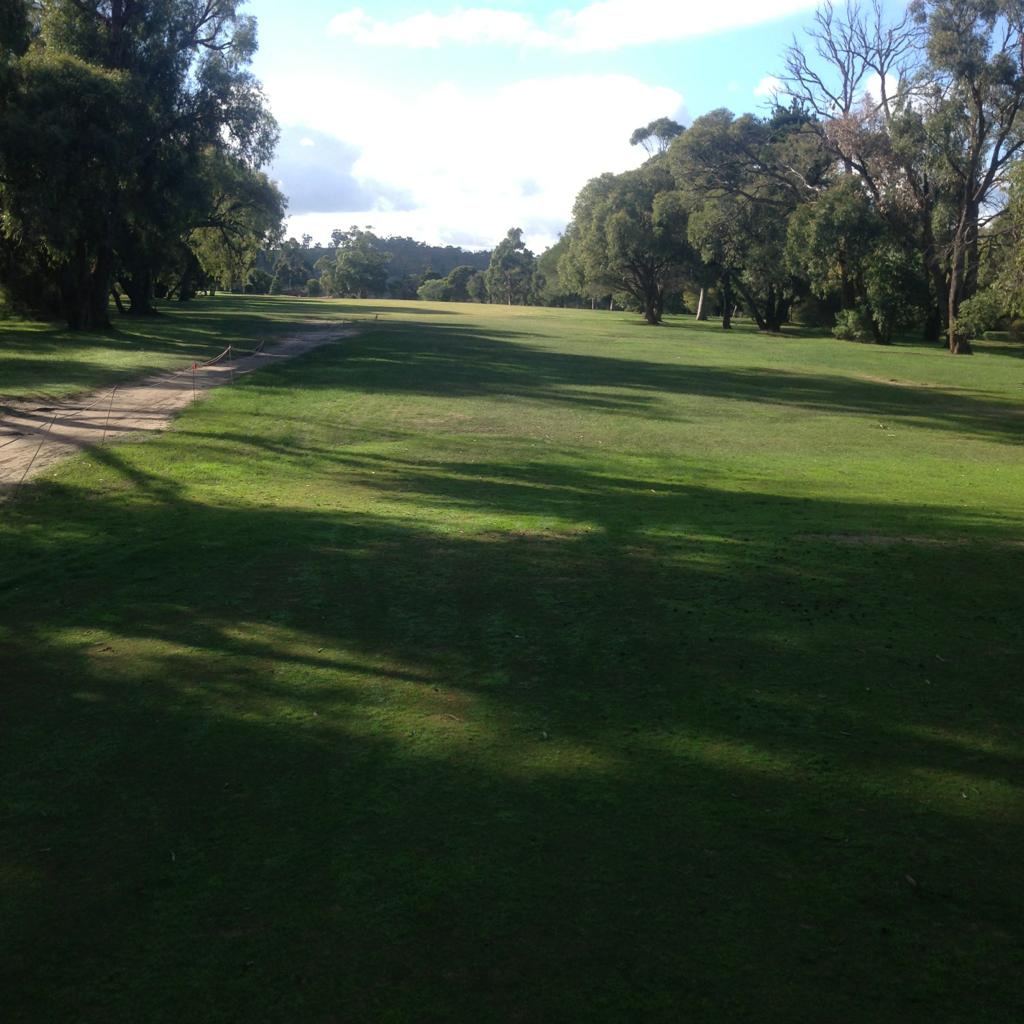 victoria golf club course guide